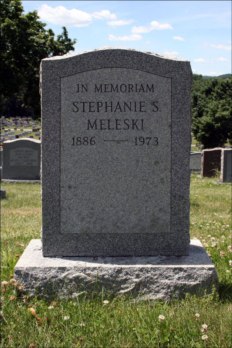 Grave of Stephanie Meleski - 1973 - Reverse