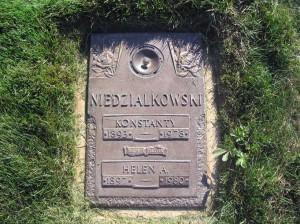 Burial Marker for Kostanty and Helen Niedzialkowski