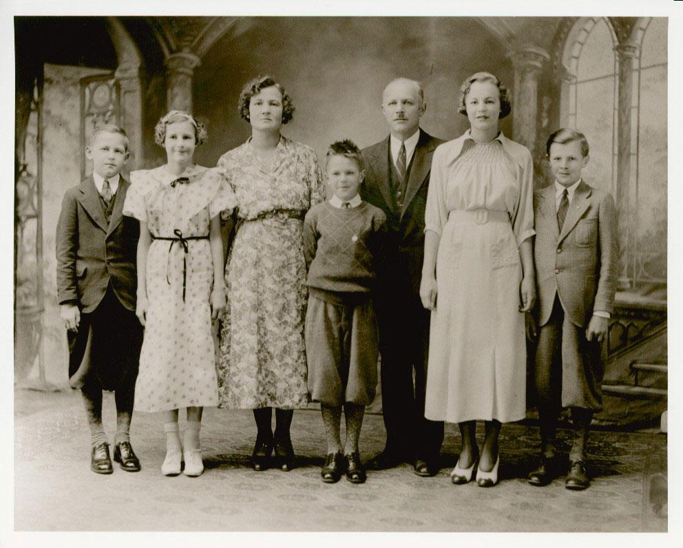 The Niedzialkowski Family