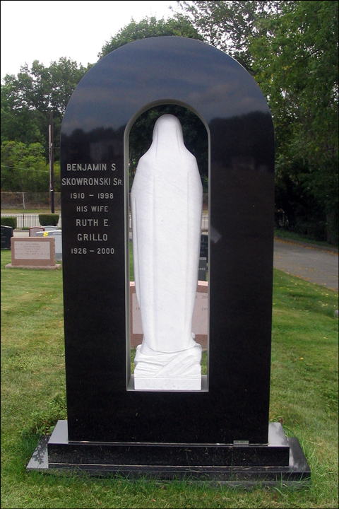 Monument for Benjamin Skowronski and Ruth Grillo - Back