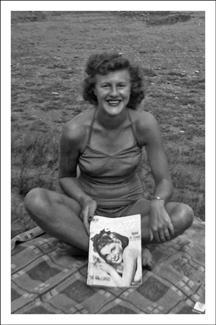 Jane Niedzialkowski - 1944