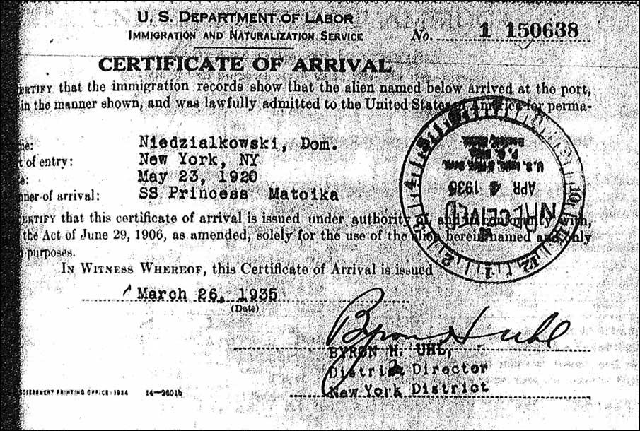 Certificate of Arrival for Dom. Niedzialkowski - 1935