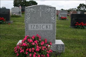 The Gravestone of John N. P. Izbicki and Nellie M. Dusavage - Obverse