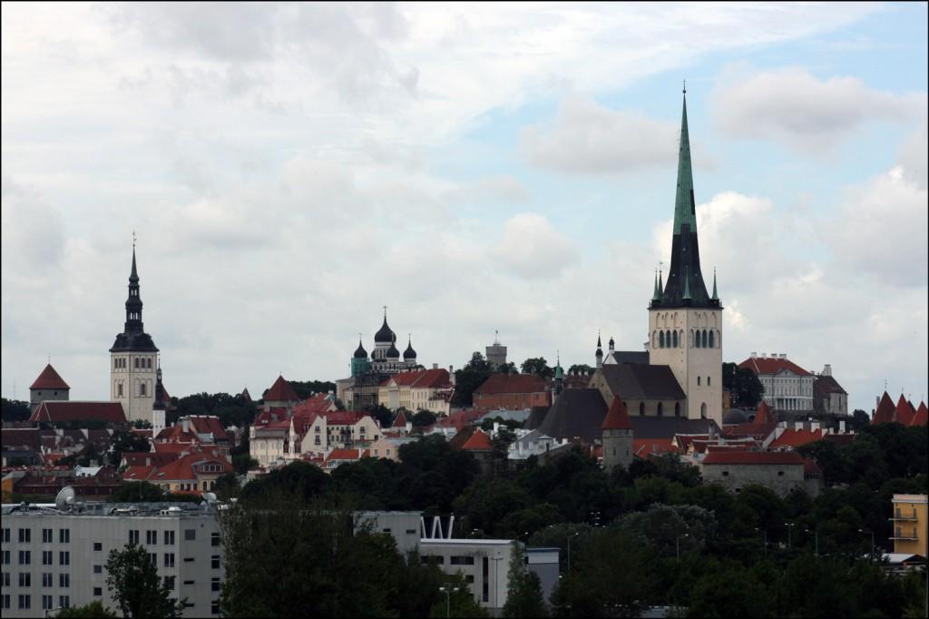 Approaching Tallinn
