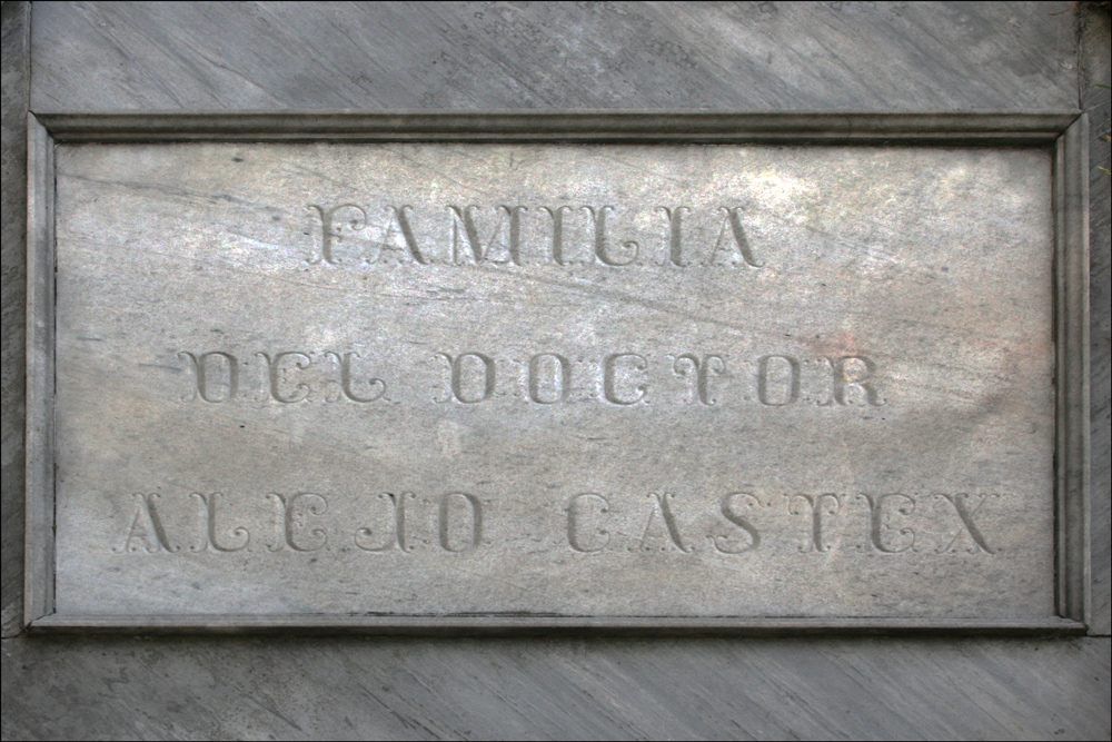 Plaque on the Tomb of Doctor Alexo Castex