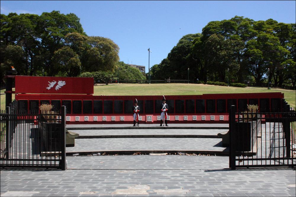 Monumento a los Caídos de Malvinas - 2