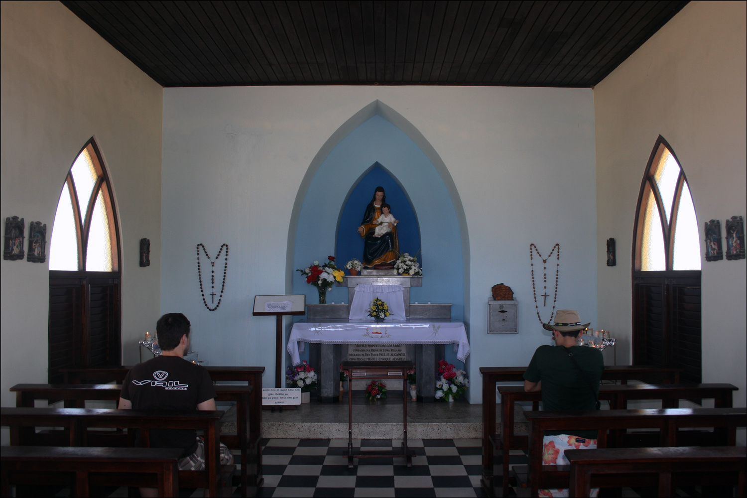 Alto Vista Chapel, Interior