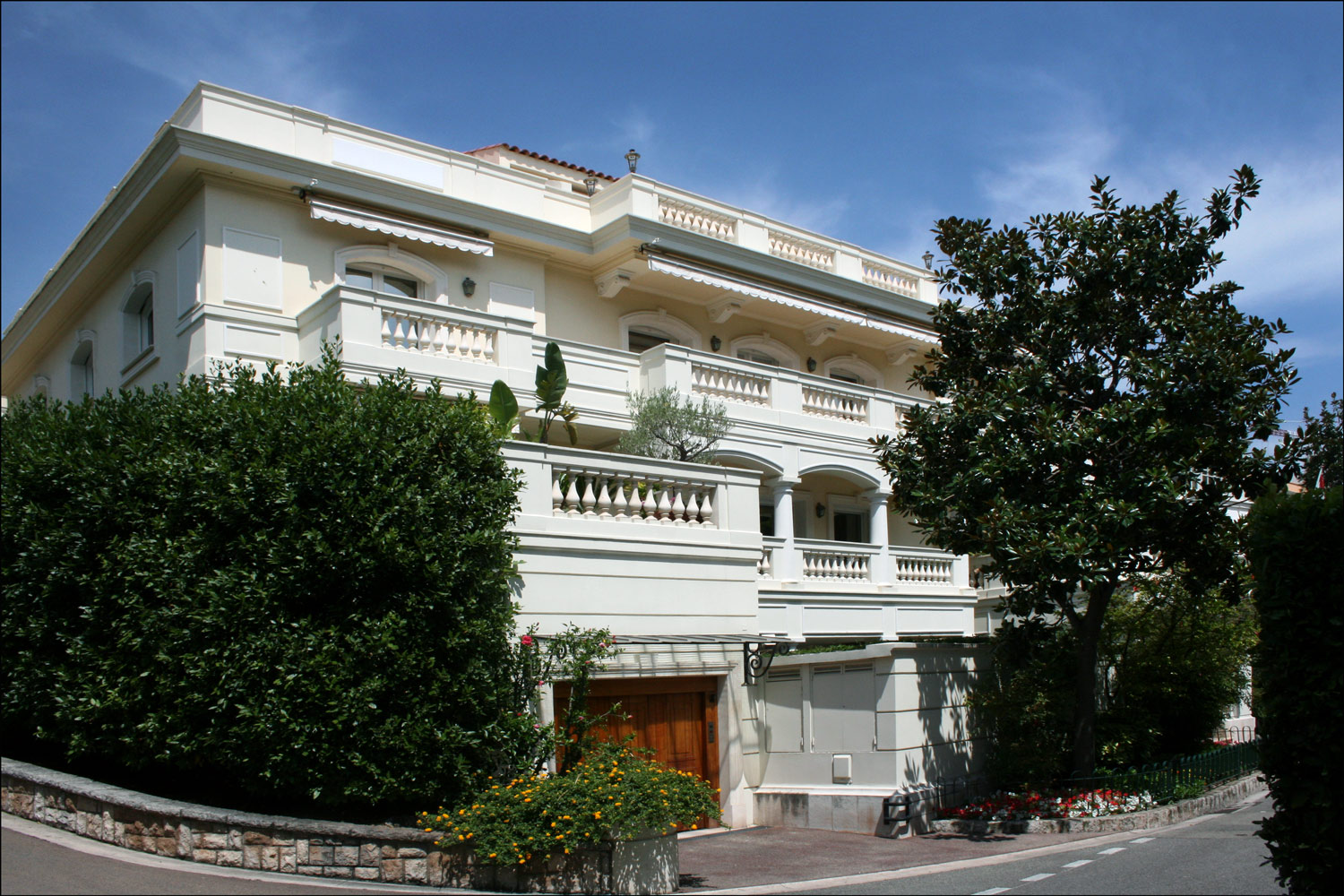 Princely residences in monaco steve 39 s genealogy blog for Monaco homes