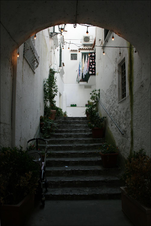 Amalfi Alleyway