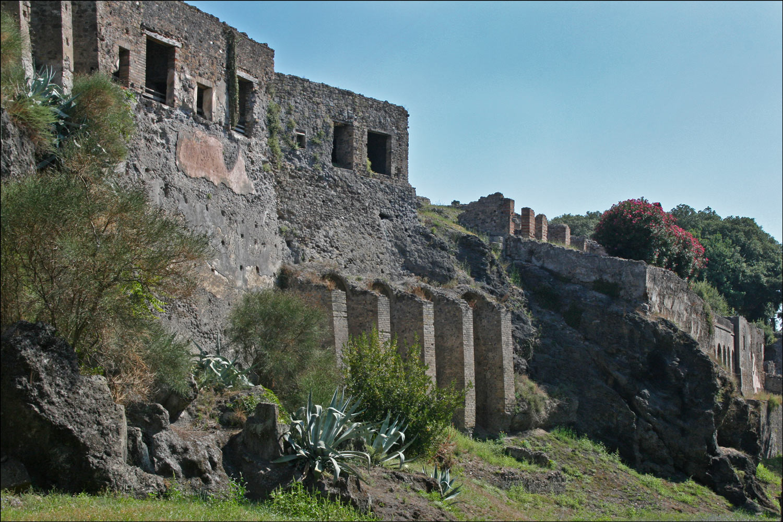 Pompeii Exterior