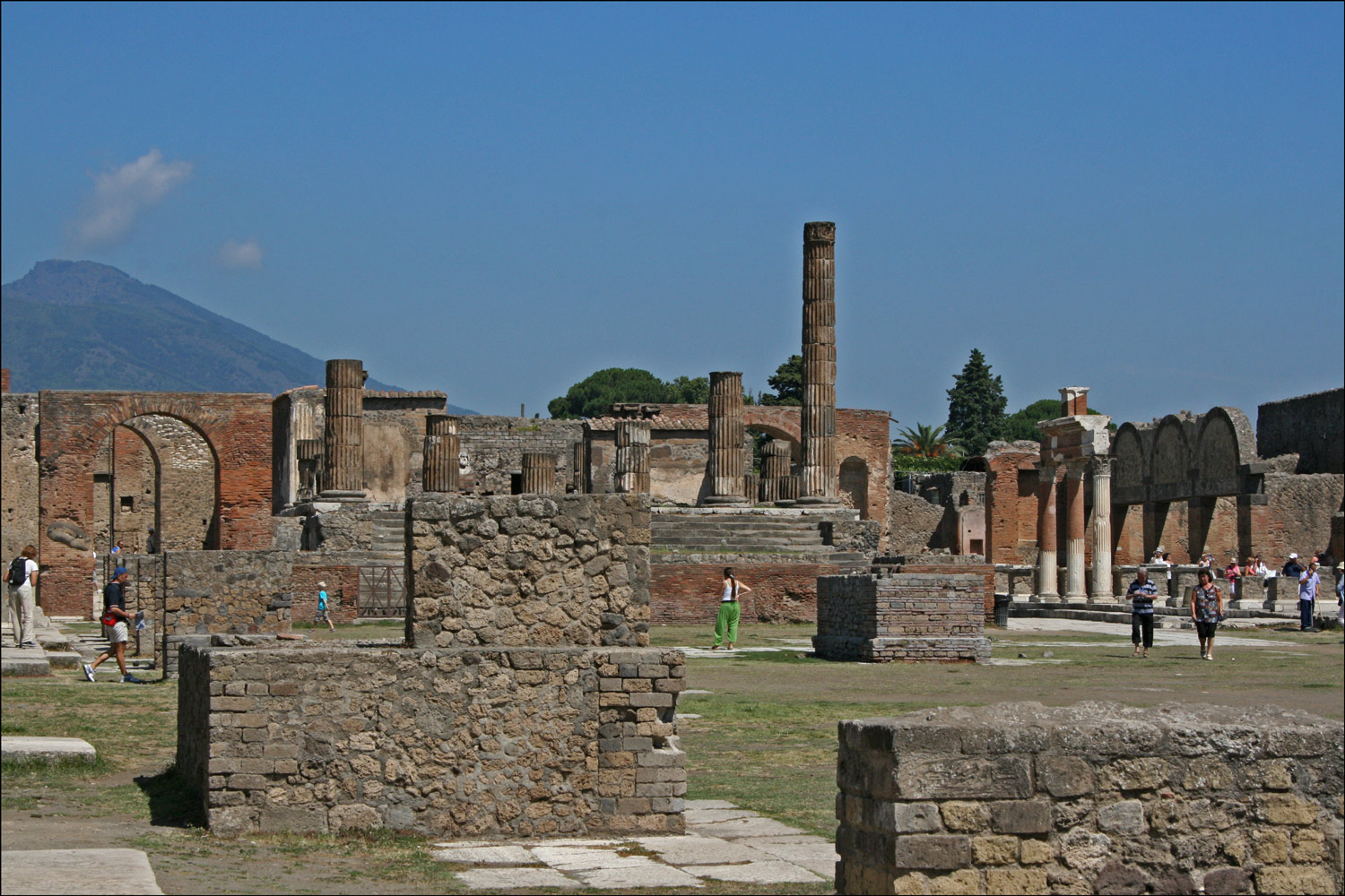Arch of Augustus, Temple of Jupiter, and Macellum