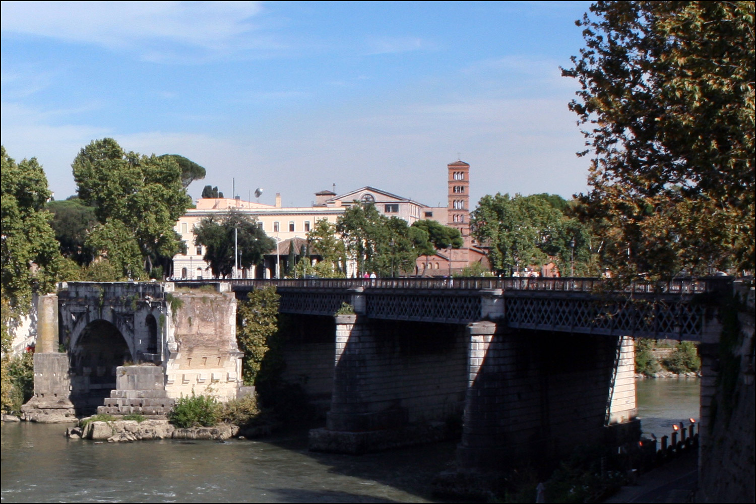Palatino Bridge and Ruins of the Rotto Bridge