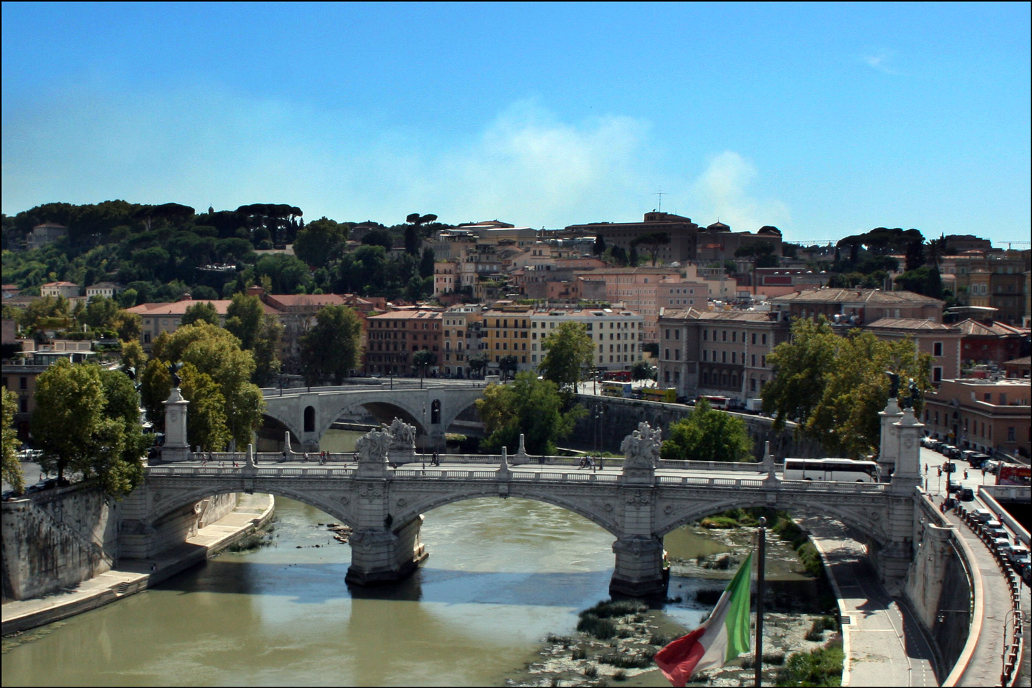 Victor Emmanuel II Bridge and Prince Amedeo Bridge