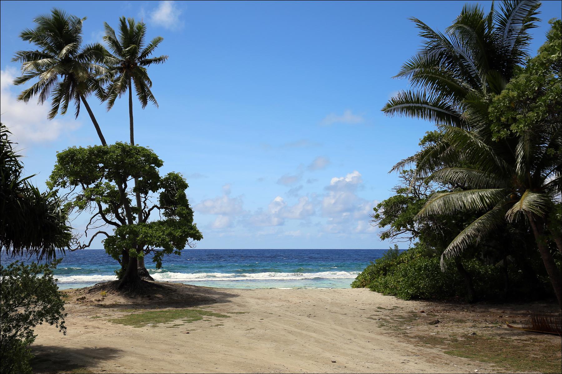 Huahine Beach 3